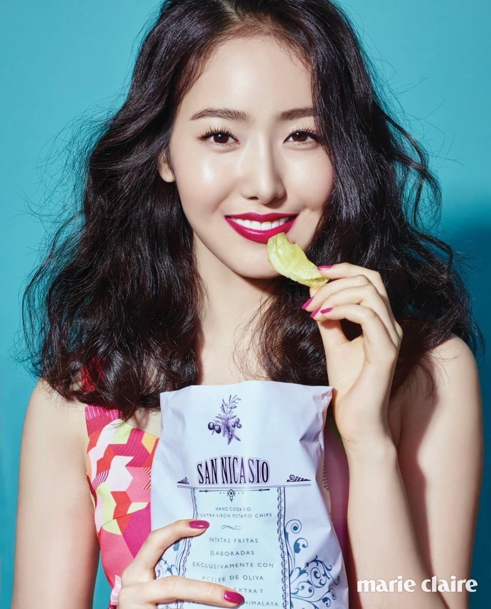 원피스 라이 - 여자친구 신비 소원 화보