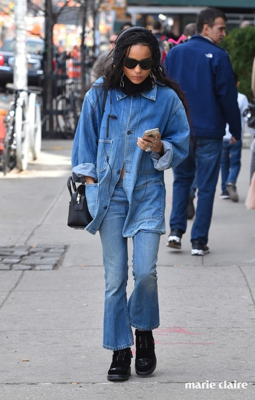 NEW YORK - MARCH 17: Zoe Kravitz in a jeans out fit is seen out for a walk through Lower East Side of Manhattan on March 17, 2016 in New York, New York. (Photo by Josiah Kamau/BuzzFoto via Getty Images)