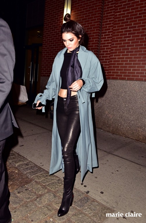 NEW YORK, NY - MARCH 22: Kendall Jenner seen on the streets of Manhattan on March 22, 2016 in New York City. (Photo by James Devaney/GC Images)