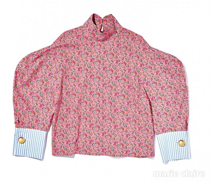 어깨의 실루엣이 독특한 셔츠 가격 미정.