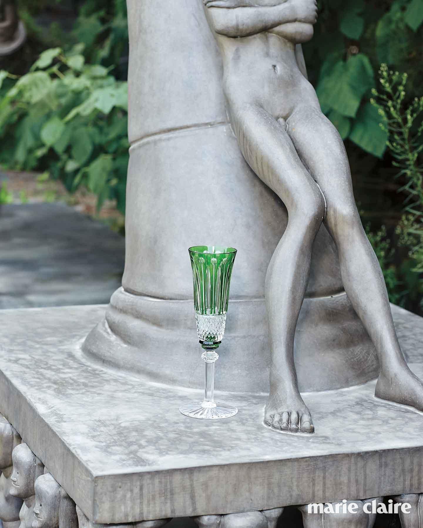 영롱한 풀색 글라스 가격 미정 에르메스(Hermes).