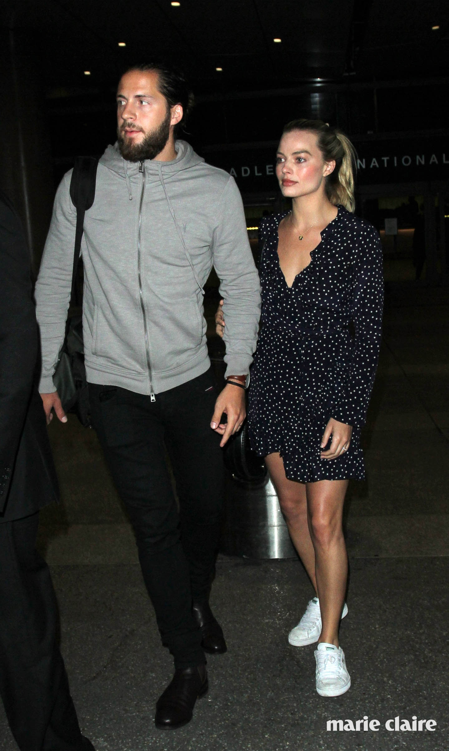Margot Robbie and her husband Tom Ackerley at Los Angeles International Airport (LAX) Featuring: Margot Robbie, Tom Ackerley Where: Los Angeles, California, United States When: 02 Jan 2017 Credit: WENN.com