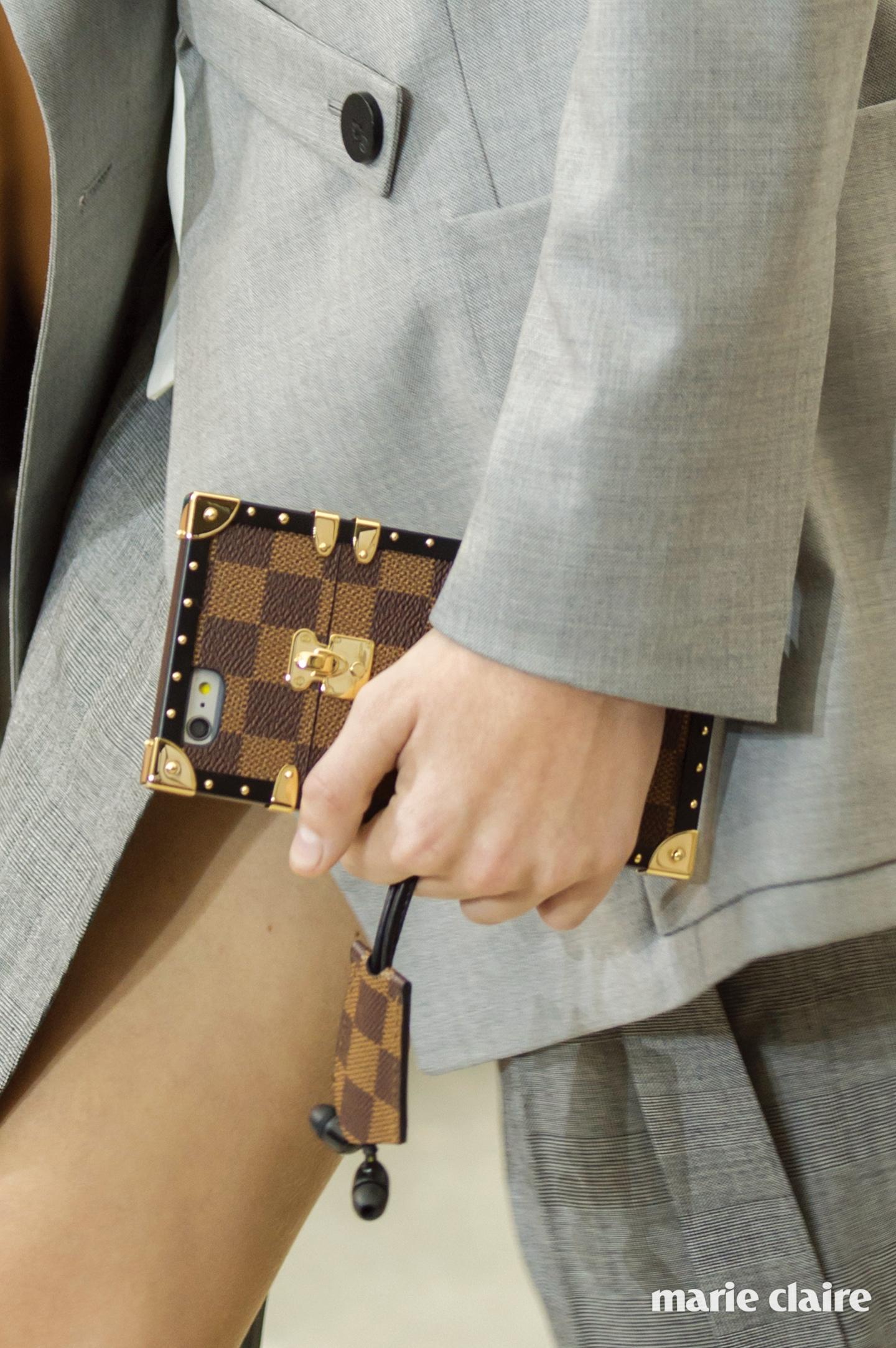 Vuitton bag S17 022
