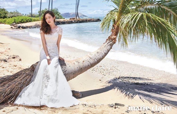 오트 쿠튀르의 예술적 디테일이 돋보이는 고급스러운 레이스 아플리케 웨딩드레스 주하이르 무라드 바이 마이도터스웨딩(Zuhair Murad by My Daughter's Wedding).