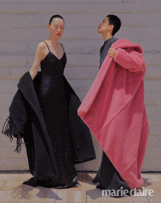 패션 패션화보 가을 가을화보 막스마라 퍼코트 펌프스 슬립드레스