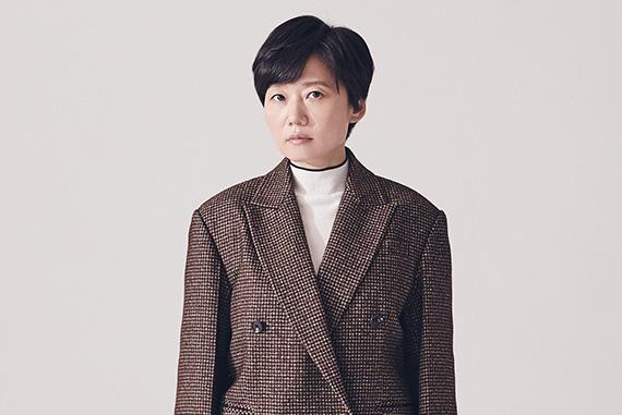 보건교사 안은영 정유미 이경미 감독