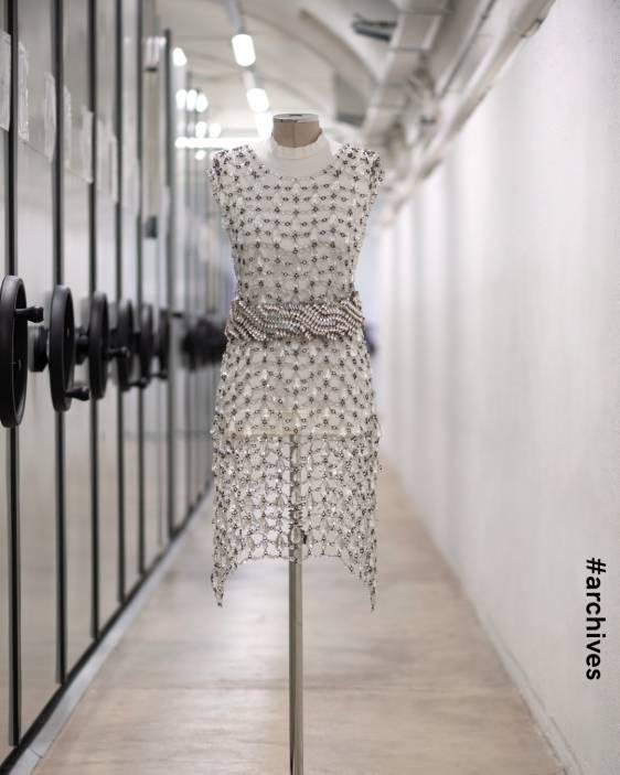프라다 프라다드레스 프라다컬렉션 프라다 크리스탈 드레스 prada prada crystal dress prada 2020