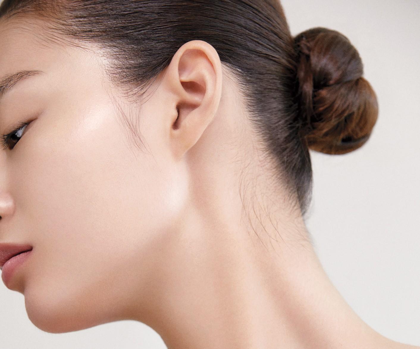 뷰티 피부관리 목주름