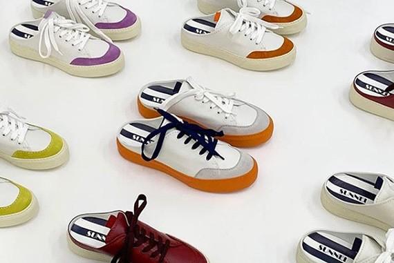 여름 신발 스니커즈 뮬