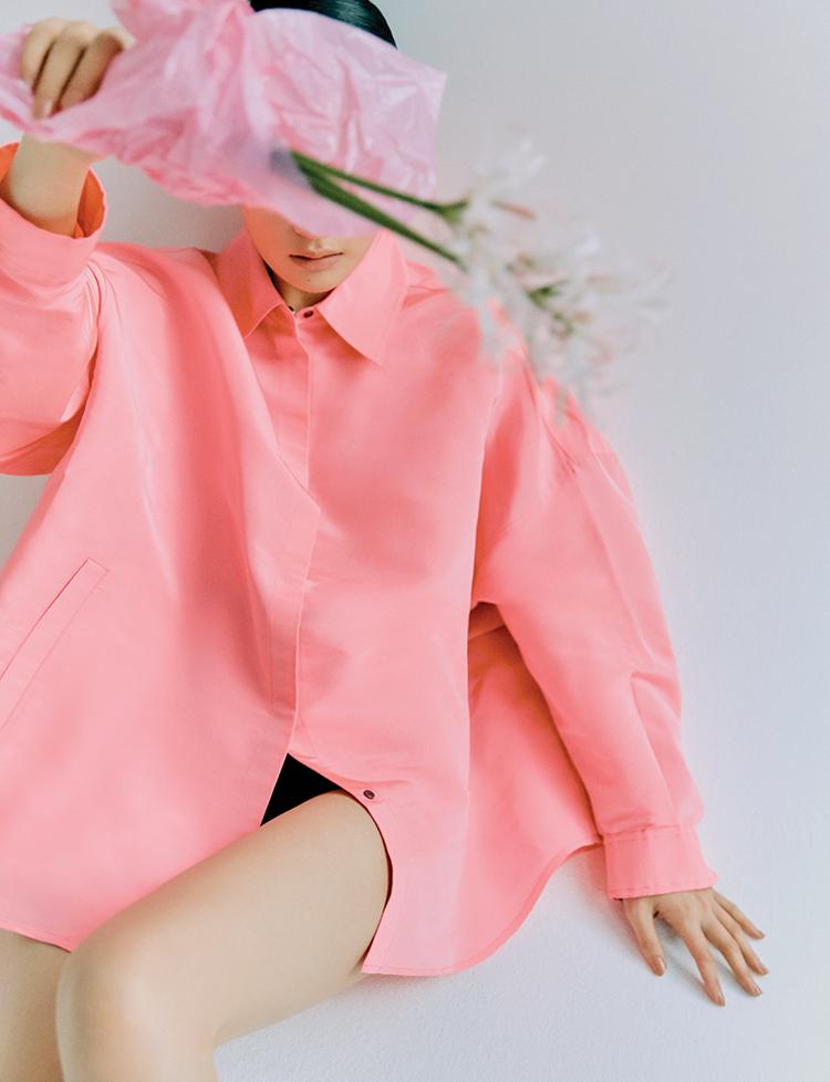 발렌티노 Valentino 핑크 오버사이즈 셔츠 블랙 쇼츠